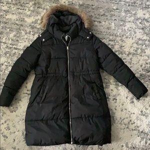Maternity puffer jacket w/ fur hood. Size S.